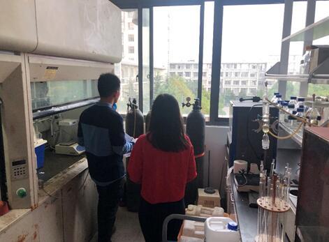 食品科学与技术国家重点实验室组织实验室气瓶安全专项检查
